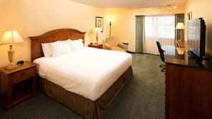 Premium bedding, pillowtop beds, in-room safe, desk
