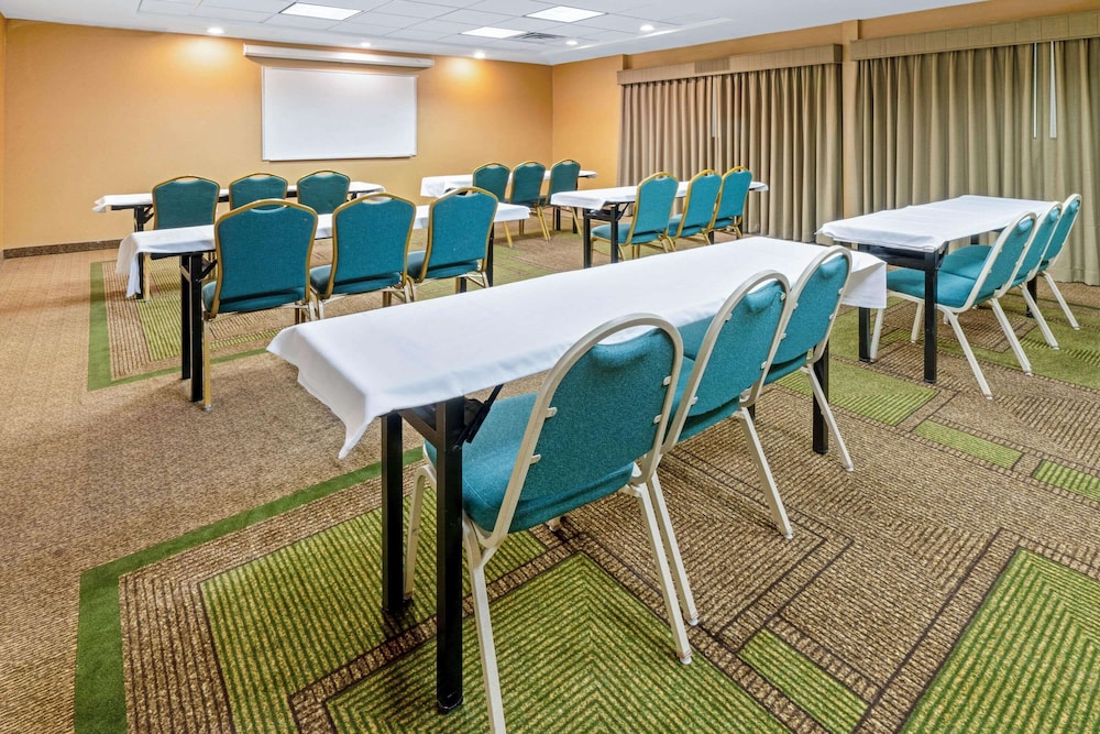 Meeting Facility, La Quinta Inn & Suites by Wyndham Salt Lake City Airport