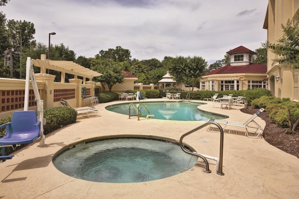 La quinta inn suites birmingham hoover deals reviews - Hotels with swimming pools in birmingham ...