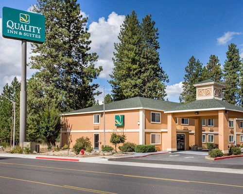 Check Expedia for Availability of Quality Inn & Suites Weed - Mount Shasta