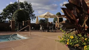 Outdoor pool, open 9 AM to 9 PM, sun loungers