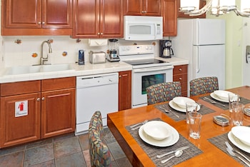 Suite, 3 Bedrooms - In-Room Kitchen
