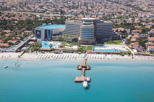 Sheraton Cesme Hotel- Resort & Spa