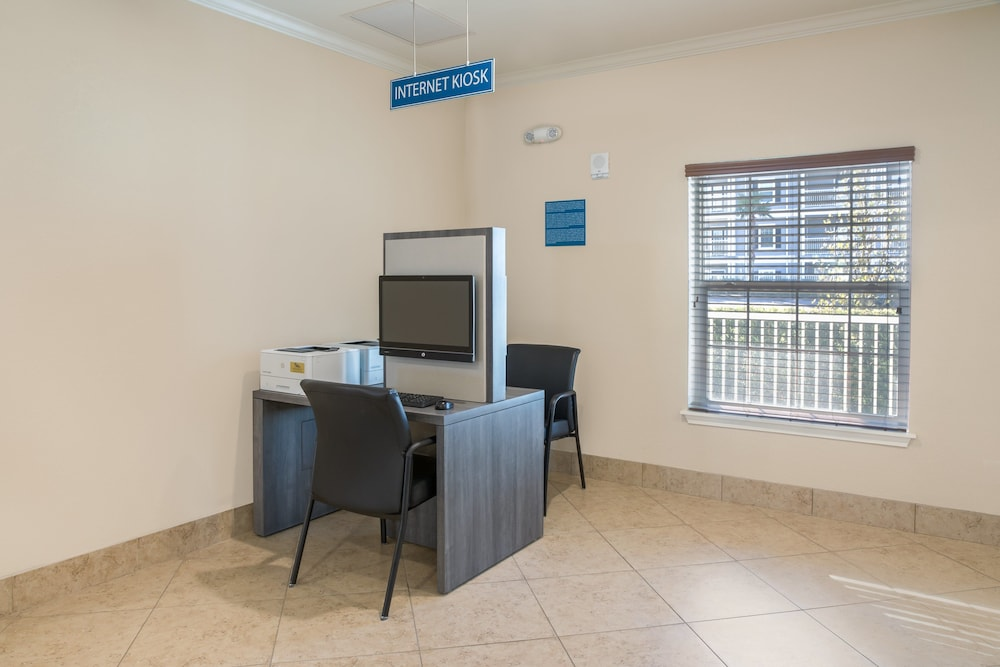 Business Center, Holiday Inn Club Vacations Orlando Breeze Resort, an IHG Hotel