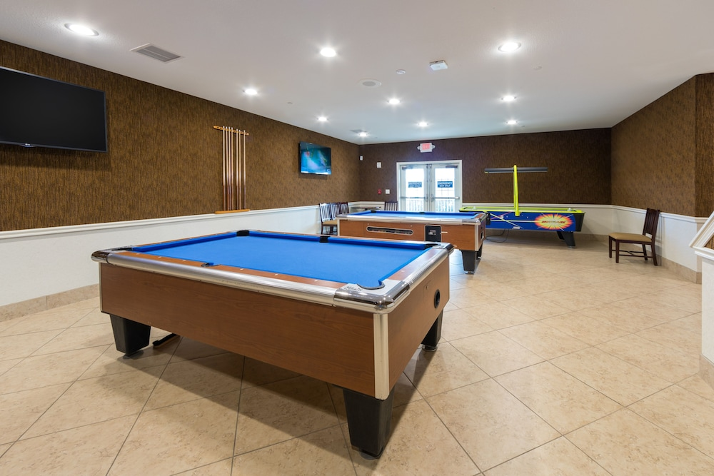 Billiards, Holiday Inn Club Vacations Orlando Breeze Resort, an IHG Hotel