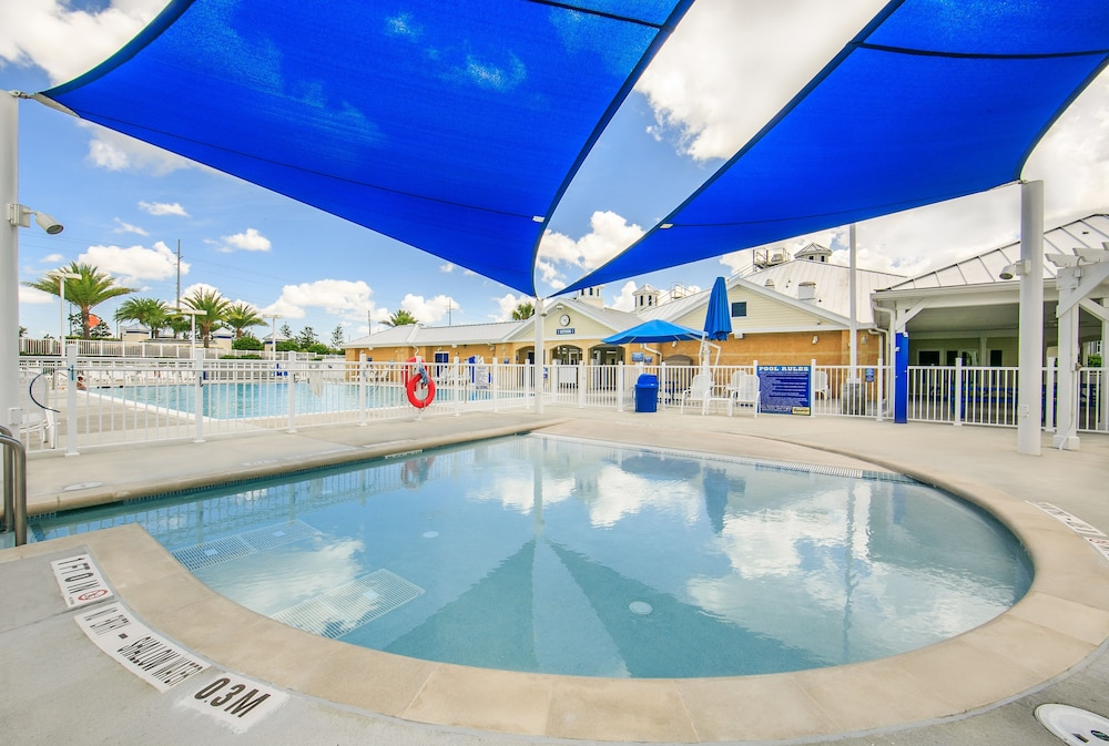 Pool, Holiday Inn Club Vacations Orlando Breeze Resort, an IHG Hotel