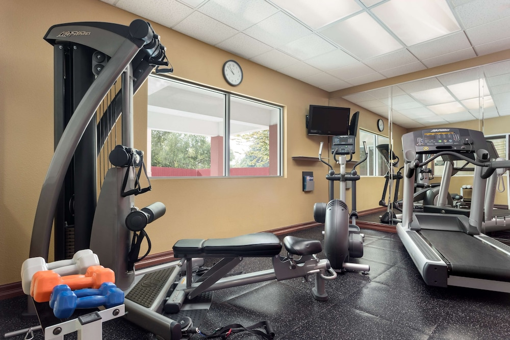 Fitness Facility, Country Inn & Suites by Radisson, Houston IAH Airport - JFK Boulevard