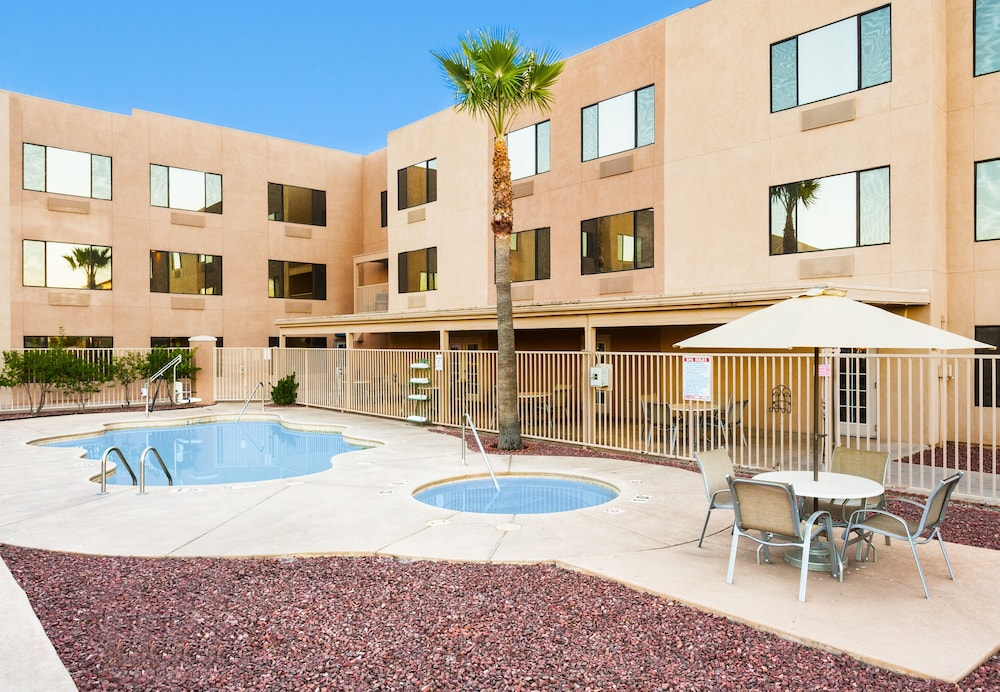 Pool, Holiday Inn Express & Suites Nogales