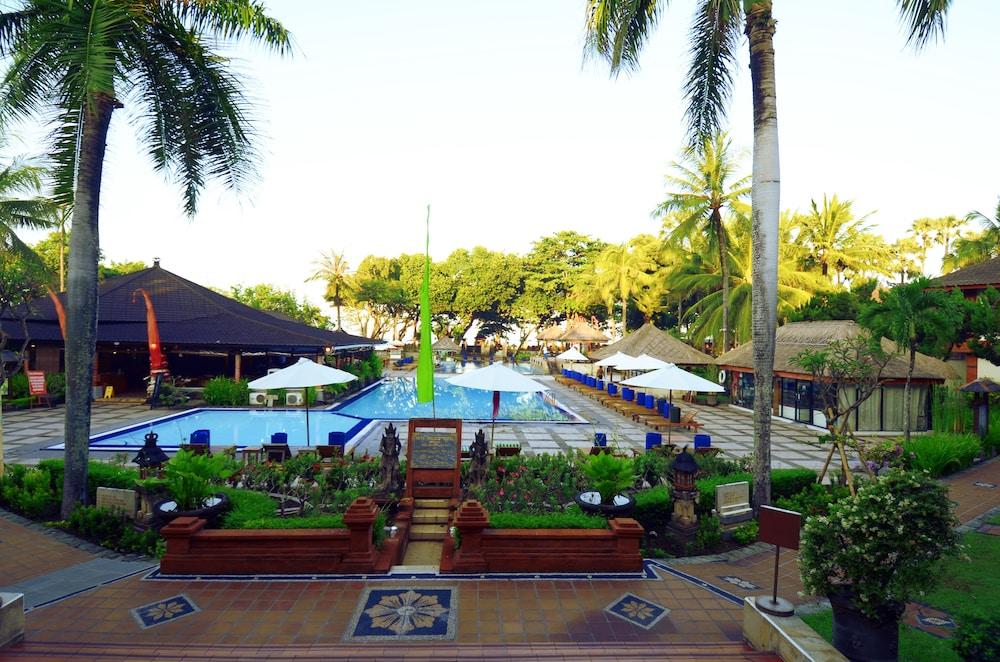 Exterior: Club Bali Family Suites @Legian Beach: 2019 Room Prices