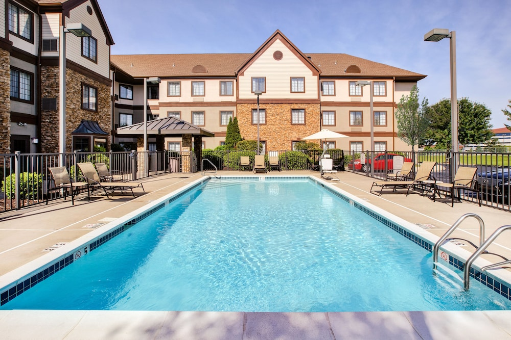 Pool, Staybridge Suites - Louisville - East