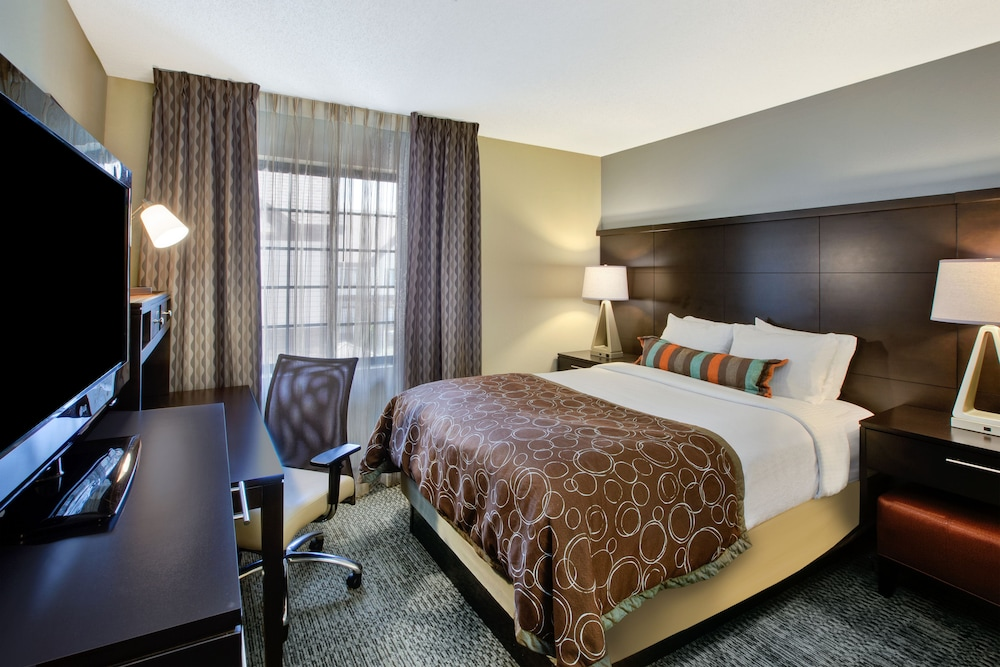 Room, Staybridge Suites - Louisville - East