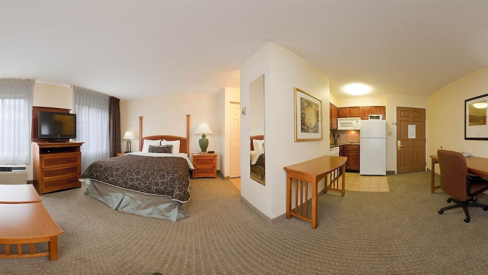 Living Area, Staybridge Suites - Louisville - East