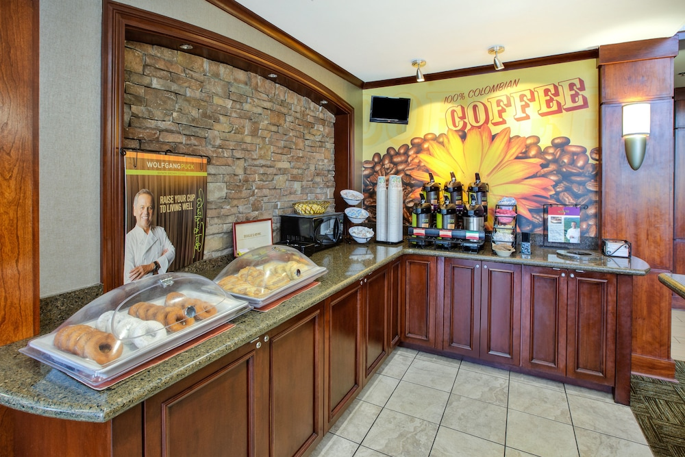 Restaurant, Staybridge Suites - Louisville - East