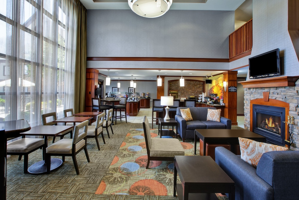 Lobby, Staybridge Suites - Louisville - East