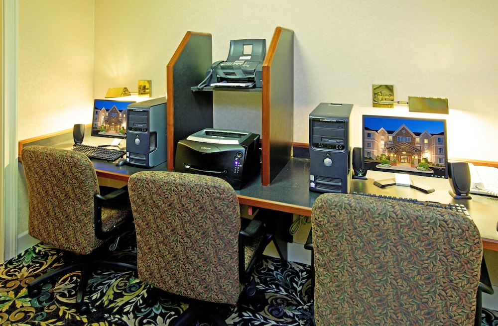 Business Center, Staybridge Suites - Louisville - East