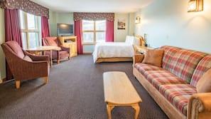 Premium bedding, pillowtop beds, desk, free WiFi