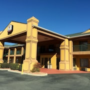 Peach State Inn & Suites