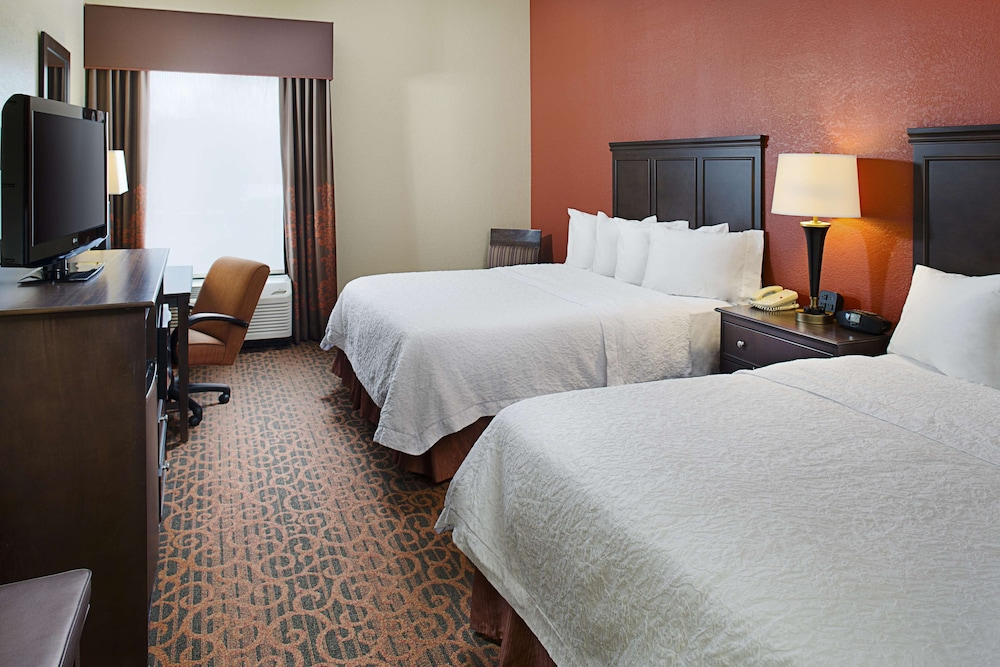 Featured Image, Hampton Inn Columbia