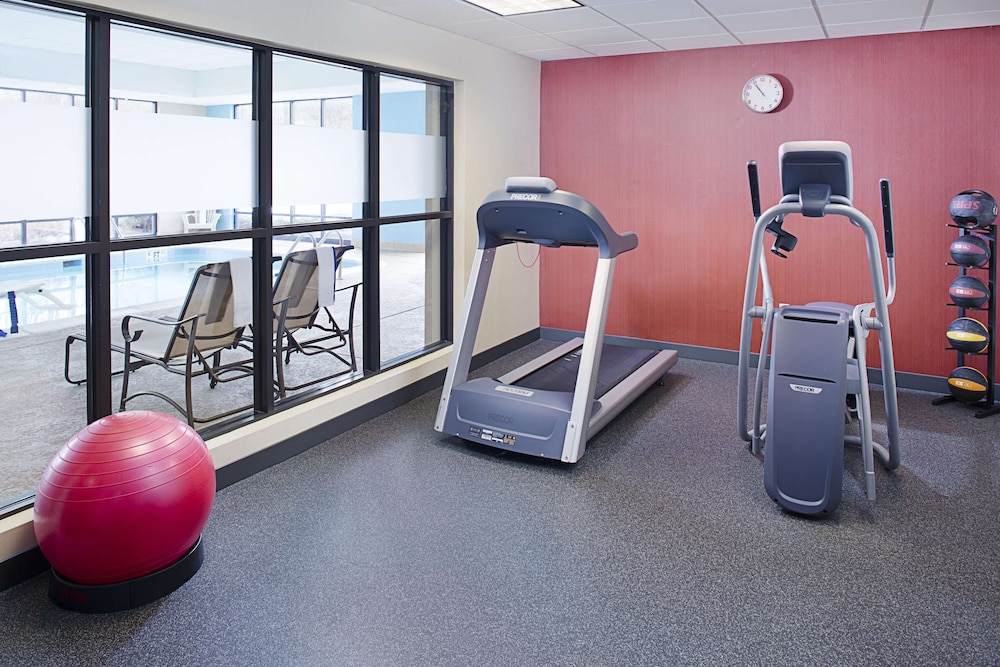 Fitness Facility, Hampton Inn Columbia