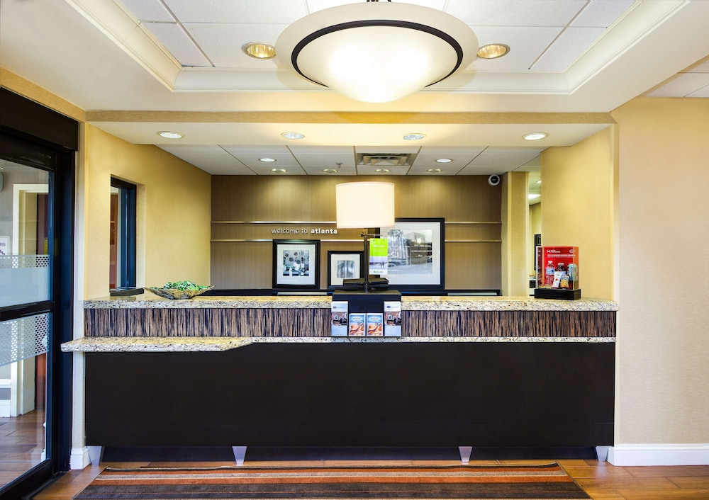 Reception, Hampton Inn & Suites Atlanta Airport North I-85
