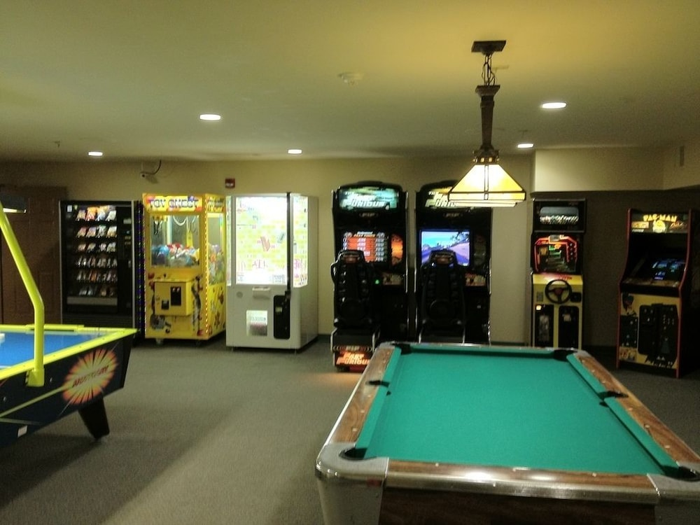 Galena Il Country Inn And Suites Game Room