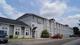 Toledo BridgePointe Inn & Suites - Northwood Hotels