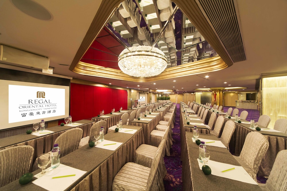 Meeting Facility, Regal Oriental Hotel - Hong Kong