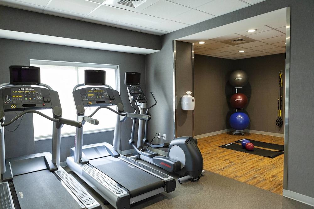 Sports Facility, Fairfield Inn & Suites by Marriott Rockingham