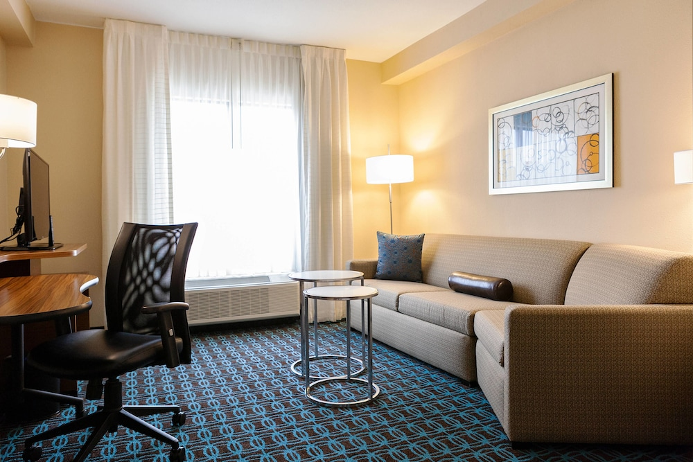 Room, Fairfield Inn & Suites by Marriott Rockingham