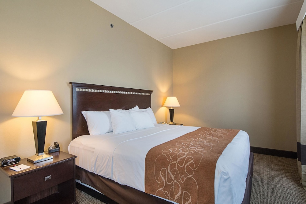 Room, Comfort Suites South Padre Island