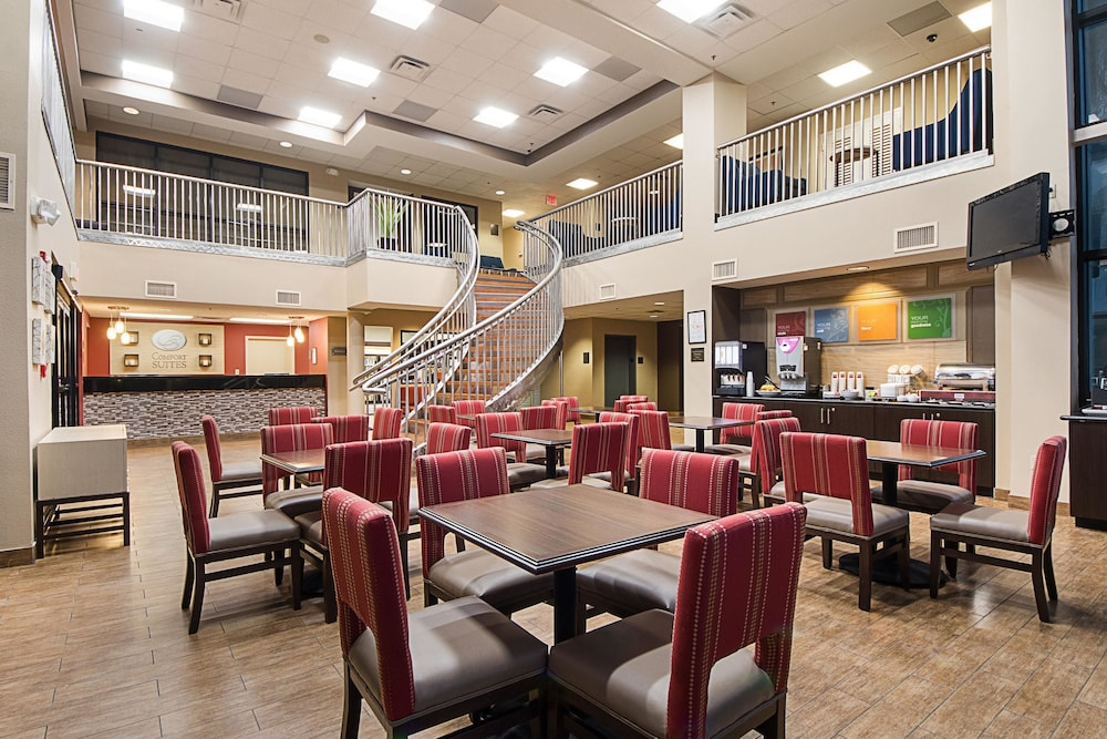 Dining, Comfort Suites South Padre Island