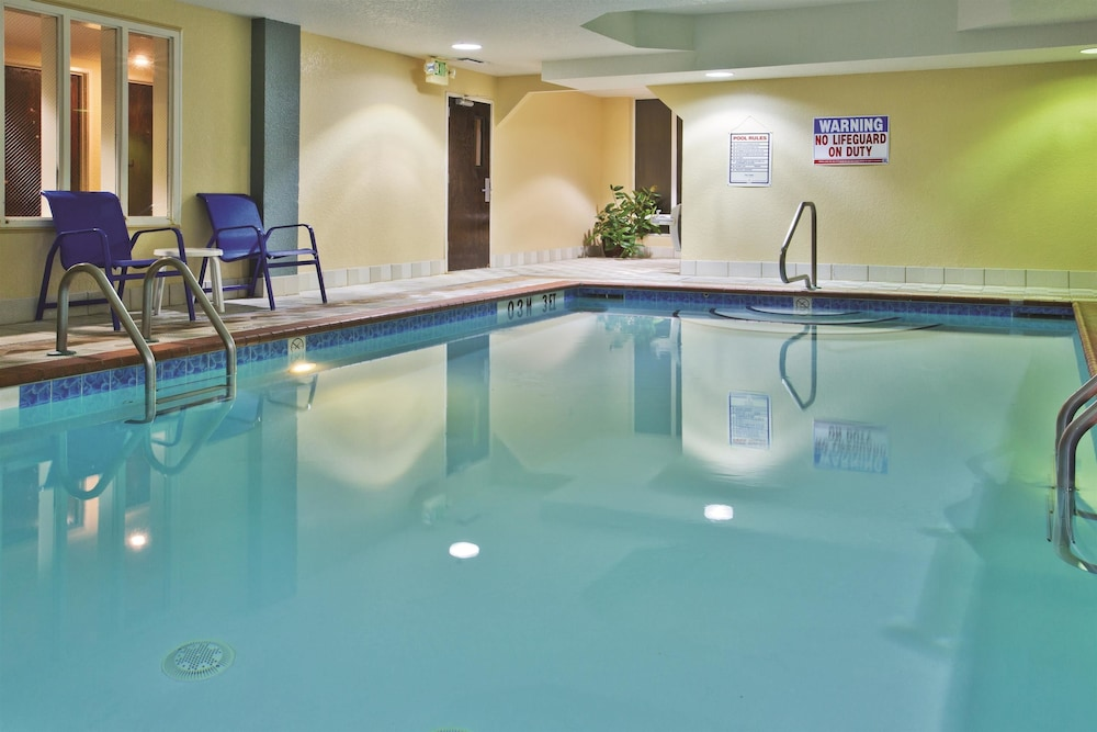 Pool 6 of 47