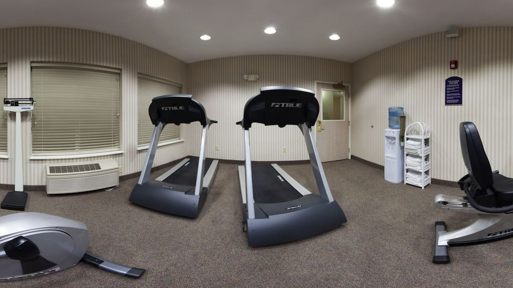 Fitness Facility, Holiday Inn Express & Suites Marion