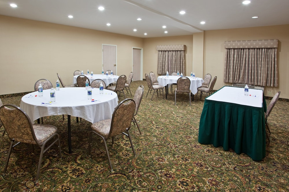 Meeting Facility, Holiday Inn Express & Suites Marion