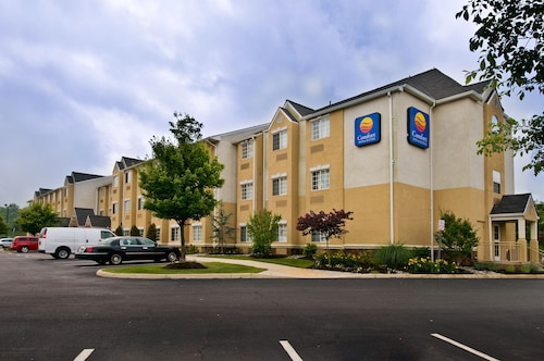 hotels near sterling airport iad hotels with free. Black Bedroom Furniture Sets. Home Design Ideas