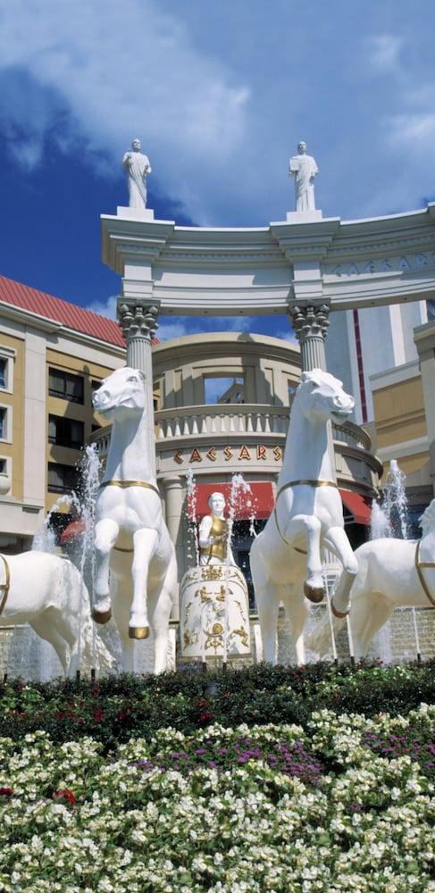 Caesars Atlantic City Resort & Casino: 2019 Room Prices