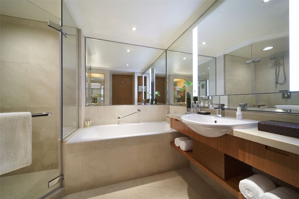 Bathroom, Grand Hyatt Beijing