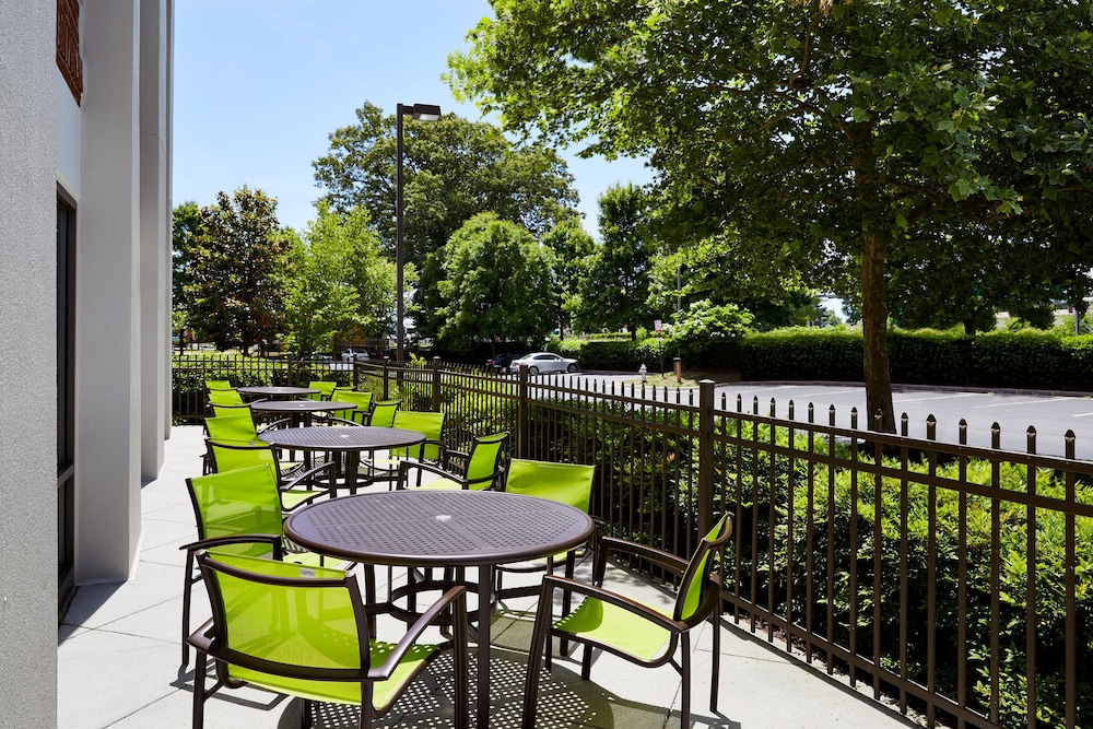 Terrace/Patio, SpringHill Suites by Marriott Richmond North/Glen Allen