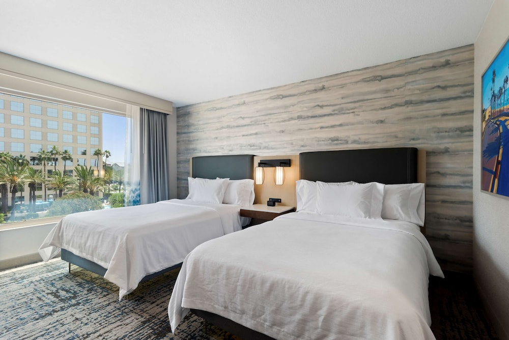 Room, Embassy Suites by Hilton Anaheim South