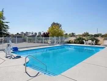 Pool, Super 8 by Wyndham Oroville