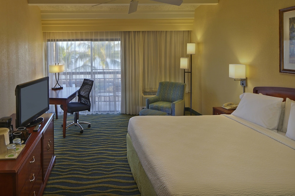 Room, Courtyard by Marriott Key West Waterfront