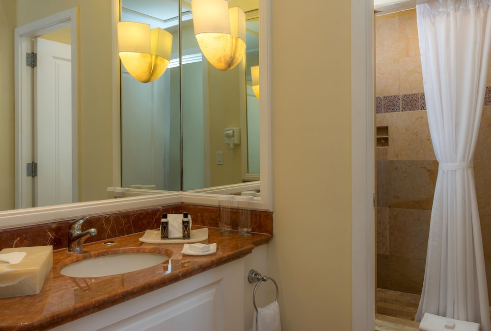 Bathroom, Pueblo Bonito Rose Resort and Spa - All Inclusive