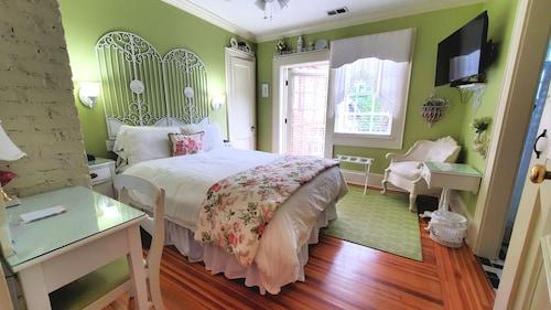 Pettigru Place Bed & Breakfast