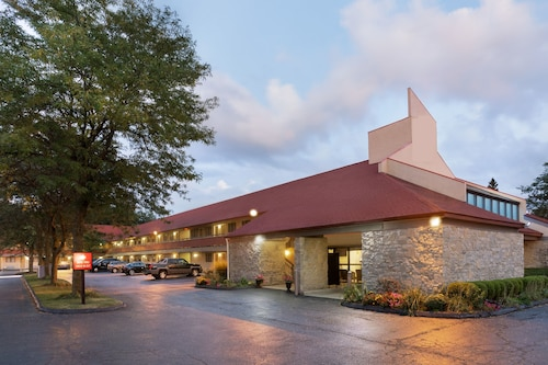 FairBridge Inn & Suites Findlay