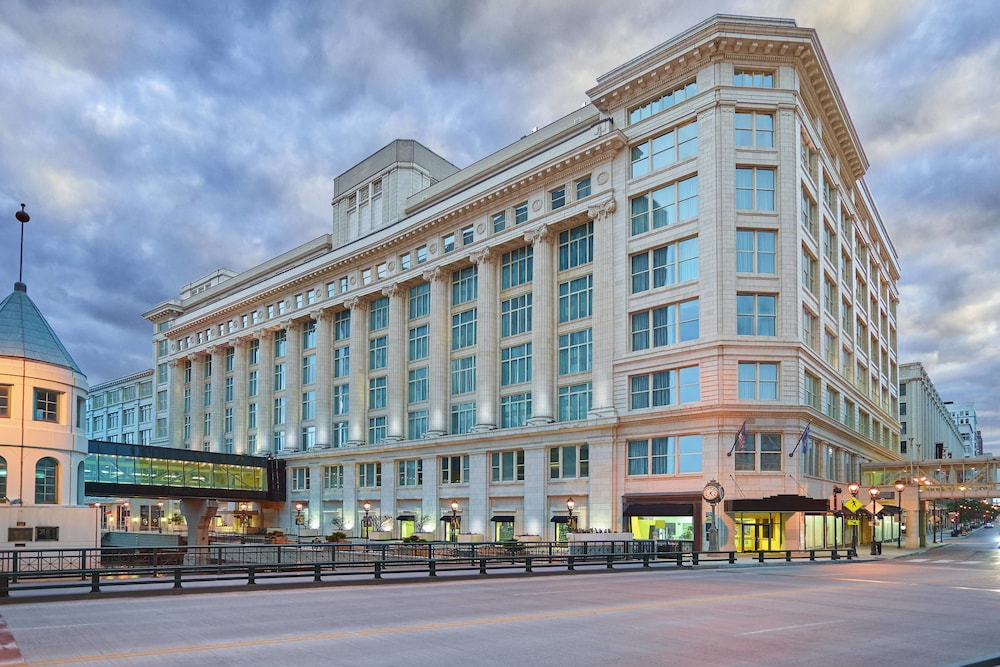 Residence Inn Milwaukee Downtown By Marriott In Hotel Rates Reviews On Orbitz