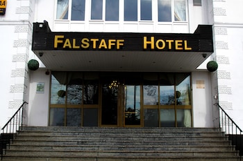 Falstaff Hotel