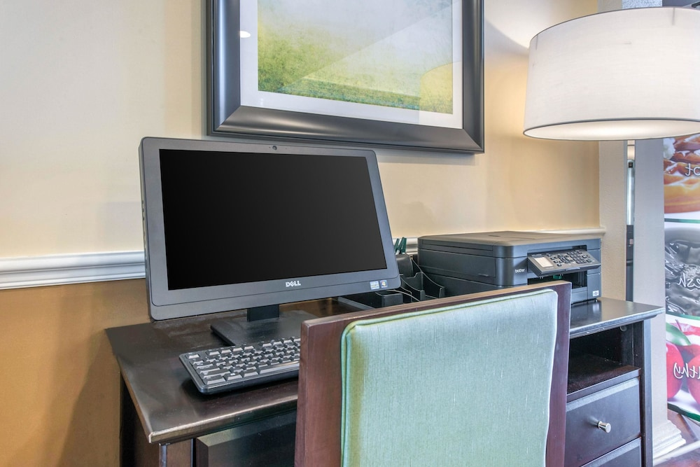 Business Center, Quality Inn Palm Bay - Melbourne I-95
