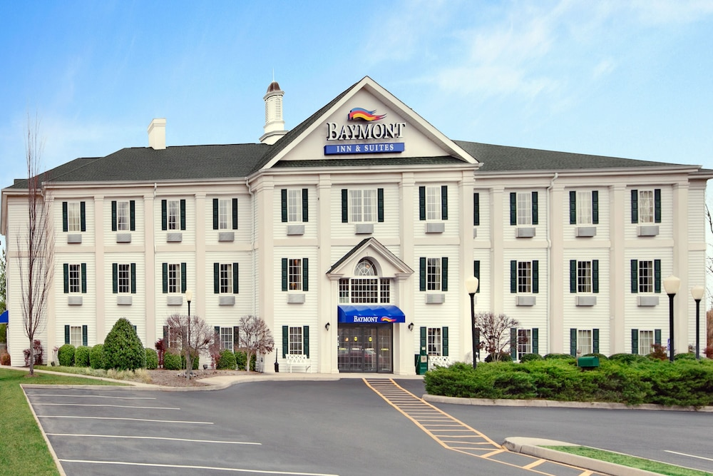 Book baymont inn and suites martinsville martinsville for The baymont
