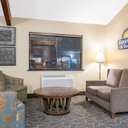 Days Inn & Suites Baxter Brainerd Area
