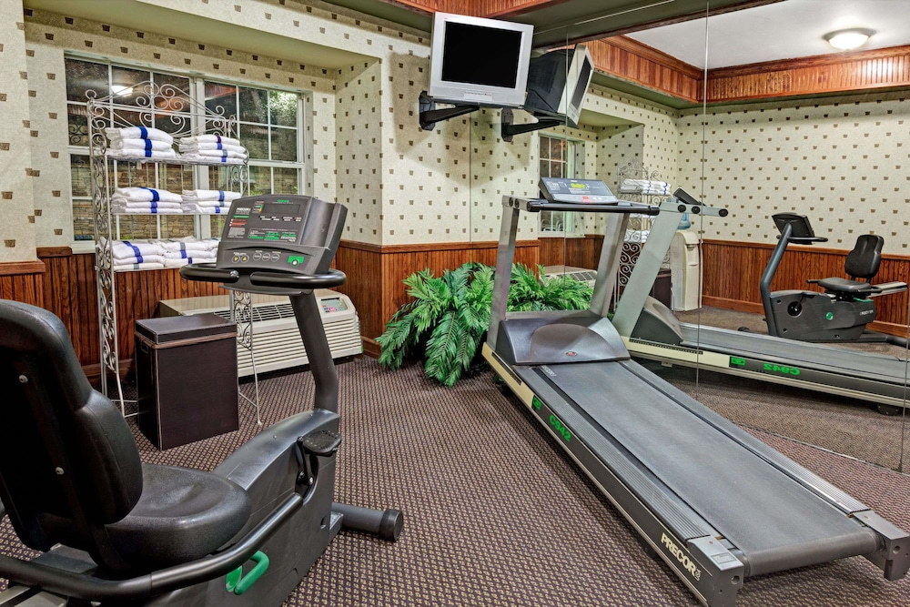 Fitness Facility, Microtel Inn & Suites by Wyndham Atlanta/Perimeter Center